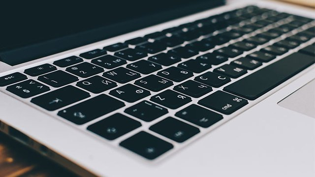 Using a Hungarian Windows/Linux-like keyboard layout on a Mac